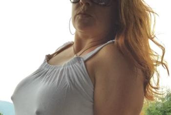 DICKE TITTEN, MEGA NIPPEL, GEPIERCTE RIESENFOTZE, ... UND ...RIESENDILDOS LIVE !!!Das bin ich ... Hi! Ich bin Tanja - ein geiles Luder ohne Limit. Hast du Lust auf pralle Titten mit langen Nippeln