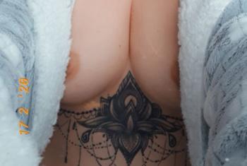 Alina-Karolina (43)