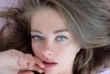 LauraLove90