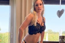Live Webcam: TinaDirty
