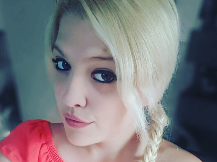 Vicky-Carrera