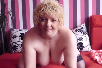 Sexy-Milf-Biggi (56)