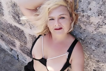 Curvy-Michelle (46)