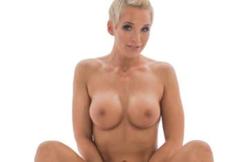 Laureen-Pink