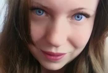 Sweet-Laura