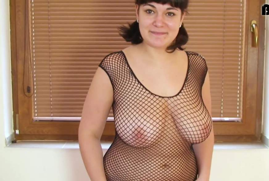 Riesen T**nie Titten im Netz gefangen,