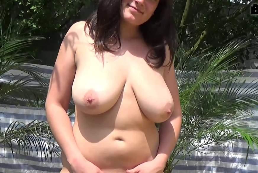 Frech mit Riesen Titten