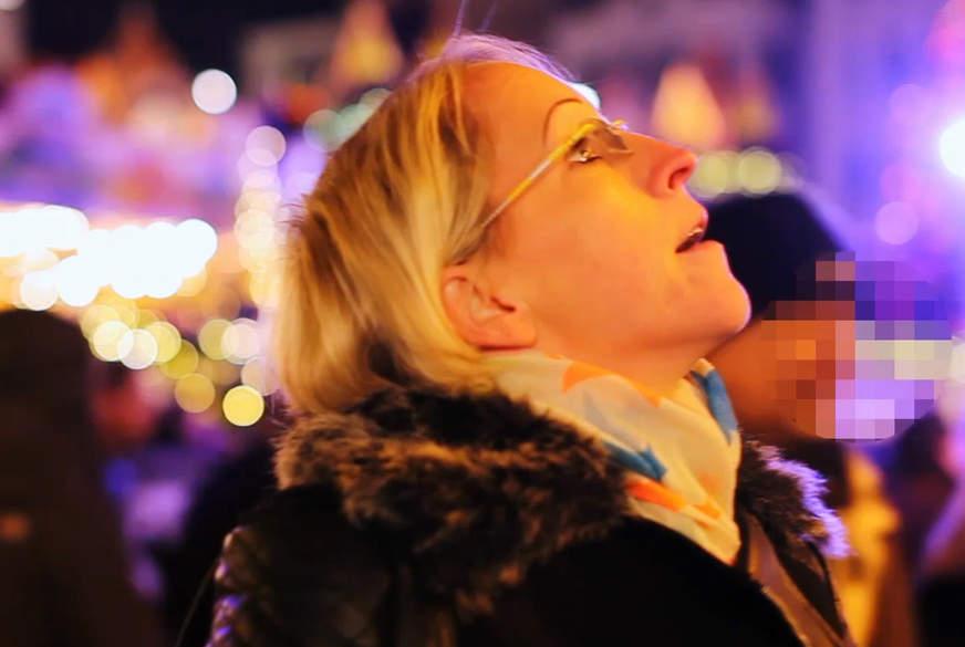 B****n auf dem Weihnachtsmarkt