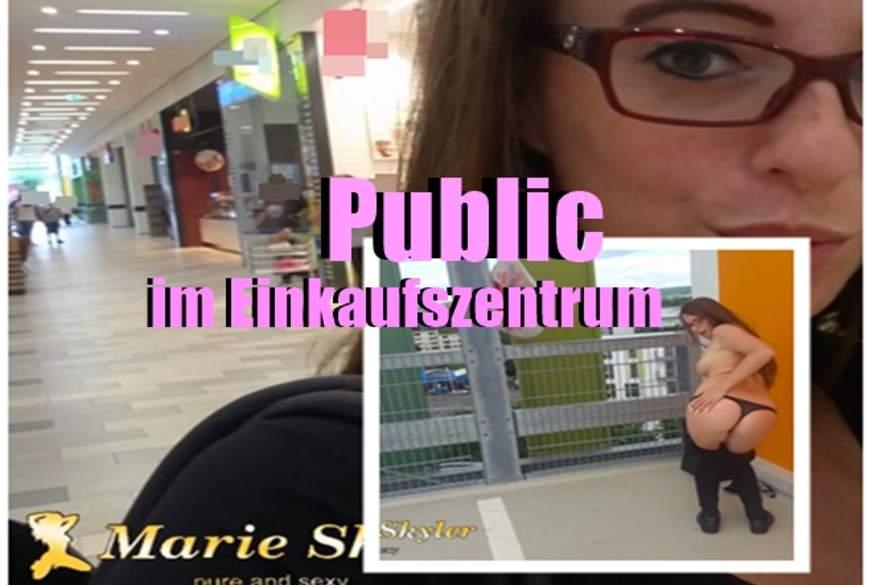 Public im Einkaufszenterum