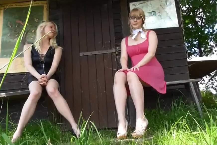 2 Mädels p****n Outdoor