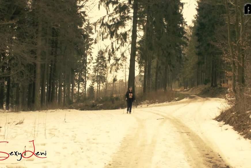 Oben ohne Walking im Sauerland