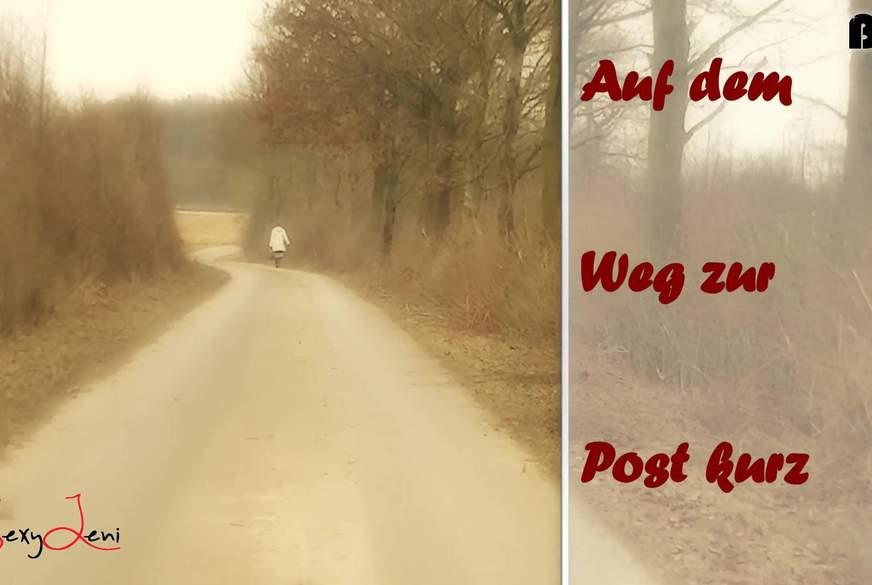 Auf dem Weg zur Post kurz a*******t