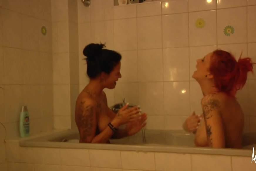 In der Badewanne mit Jordan Night
