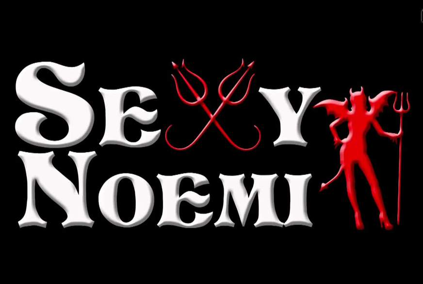 Sexy-No Sexy-Noemi Rollenspiele Teil 1 - Fristlose Kündigung erfolgreich abgewendet!!