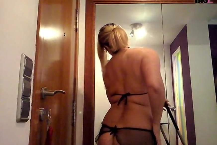 Housemaid Gets F**ked