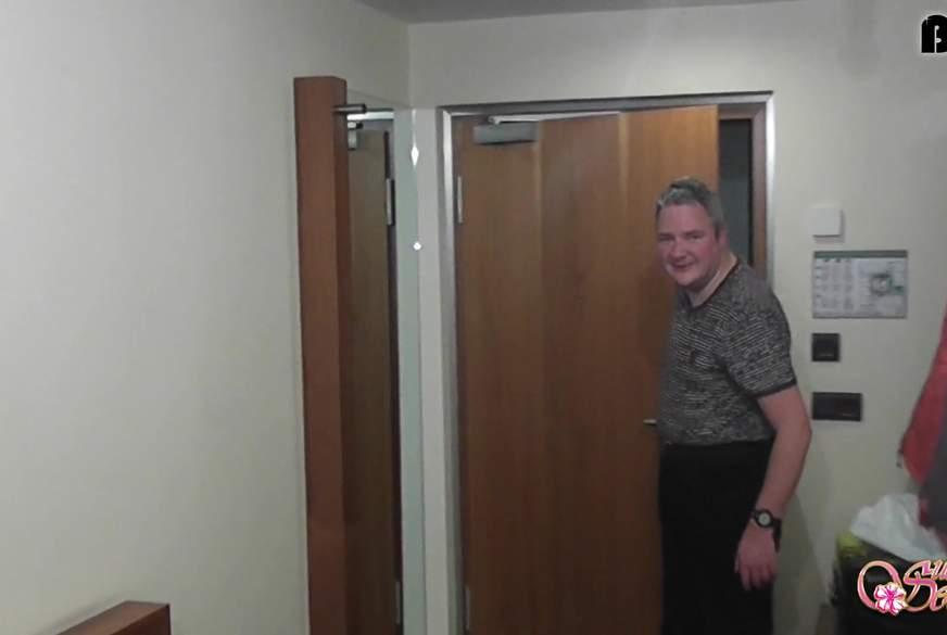 Im Zimmer verirrt Vom Fremden g*****t