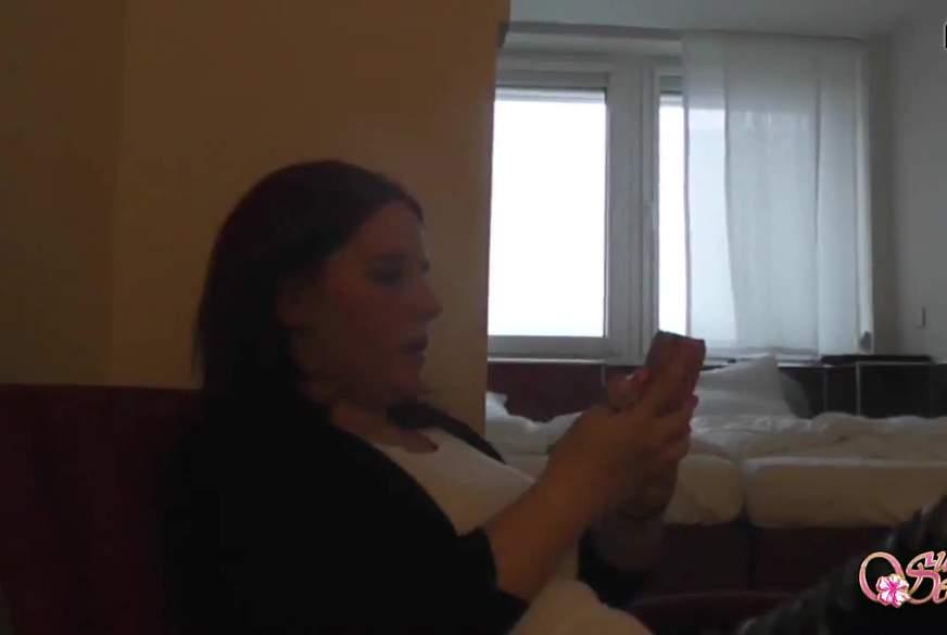 Tauschgeschäft! Geiler F**k für  neues Handy