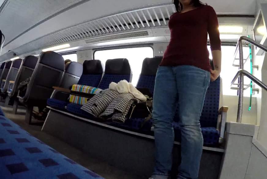Mitten im Zug Public !