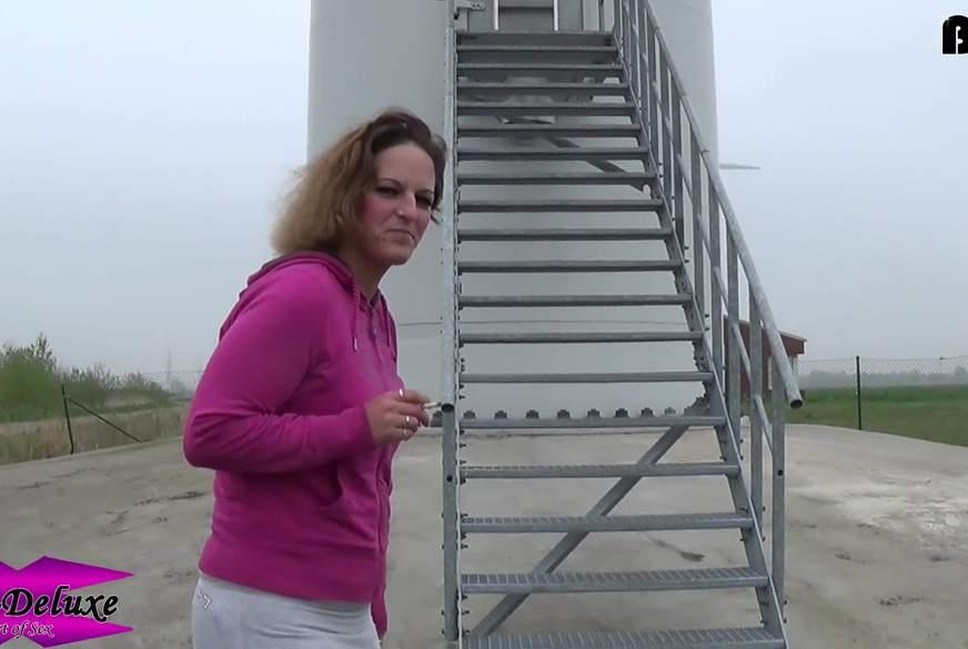 NS-Fetisch #19 - Durch die Nylon durch die Treppe