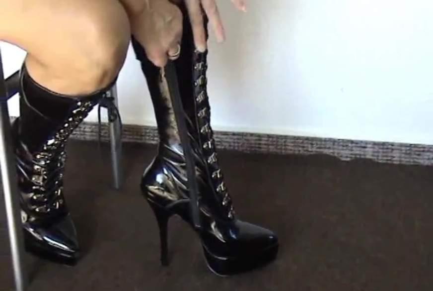 High-Heels - Schwarze Lackstiefel!