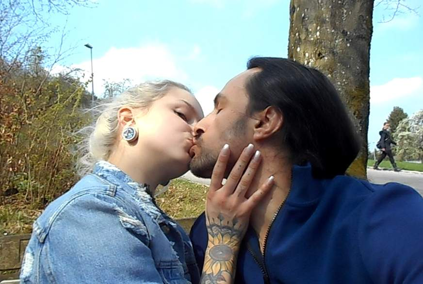 swingerclub lovelounge kuss stellung