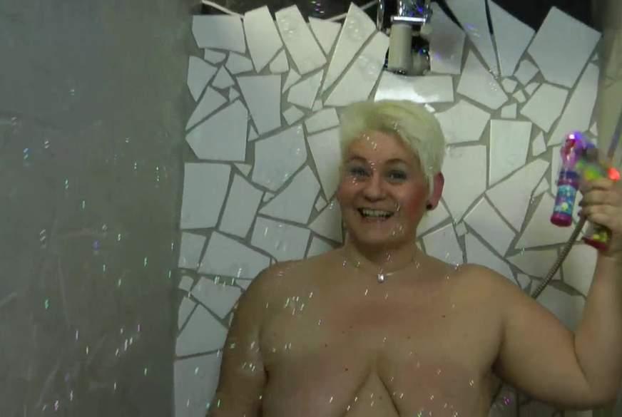 Seifenb****n in der Dusche