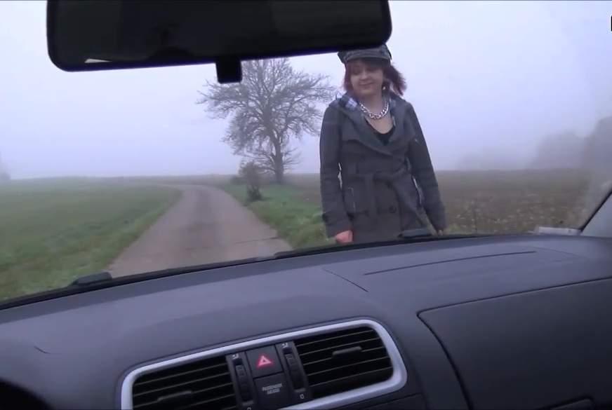 girl e******t. polizistin hält auto an u will in den kofferraum gucken... geiler 3er 2 girls ein m