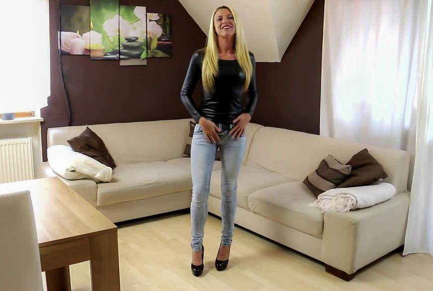 Premiere! Mein 1. Jeans-P**s!