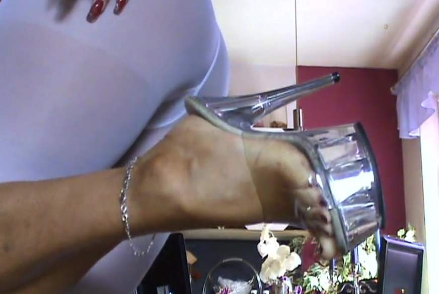 -Fußfetisch,HEELS & Barfuß-weiß-Leggings Ns..