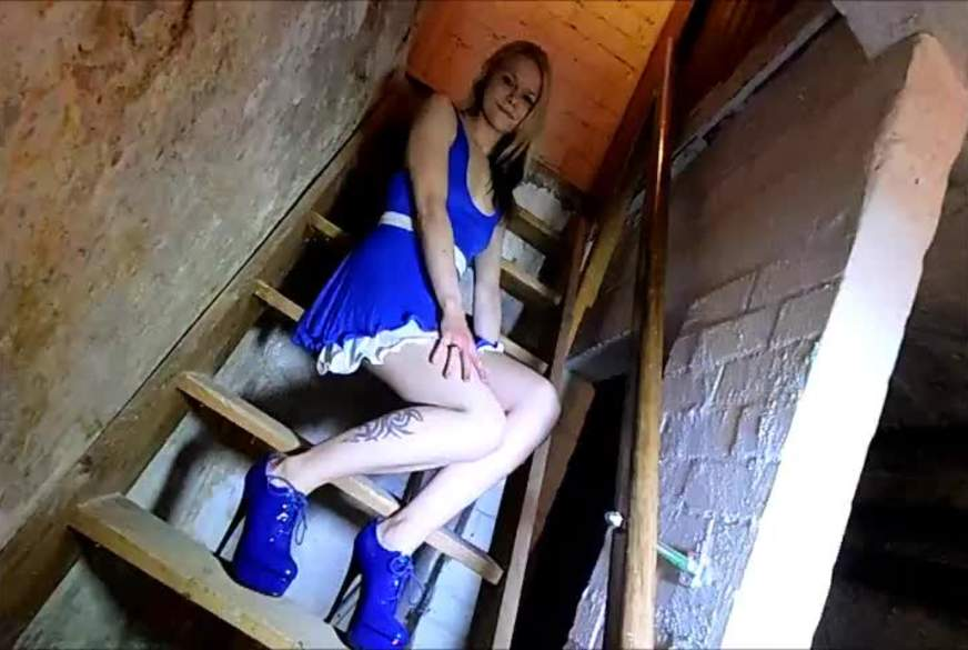 Ich P****l von der Kellertreppe
