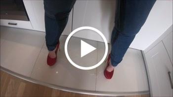 MariellaSun: In die Jeans gepisst!
