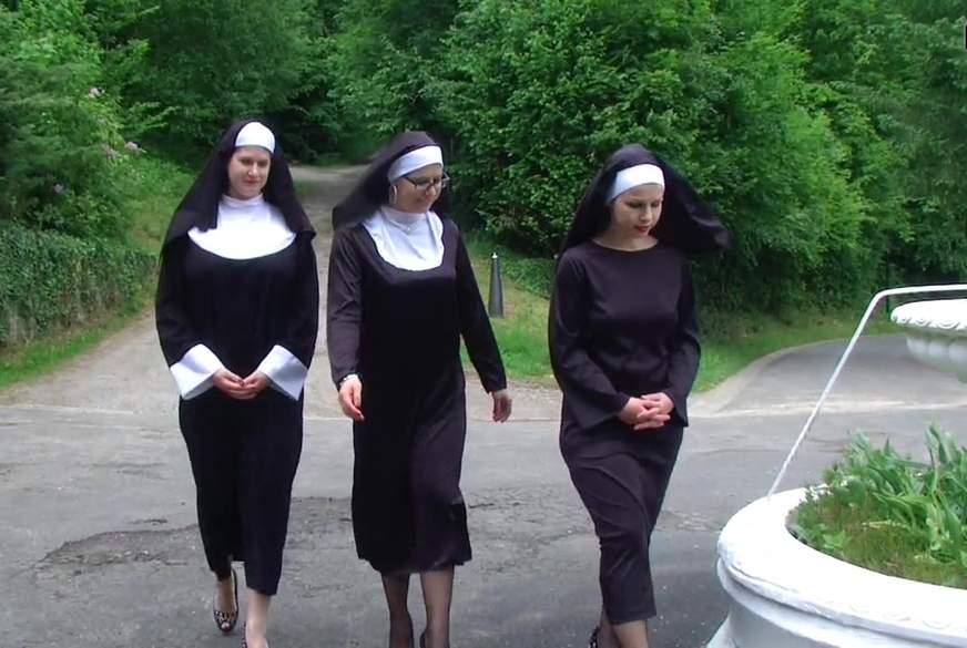 Nonnen im Stangenfieber