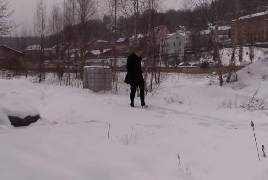 So p**st man L****r in den Schnee