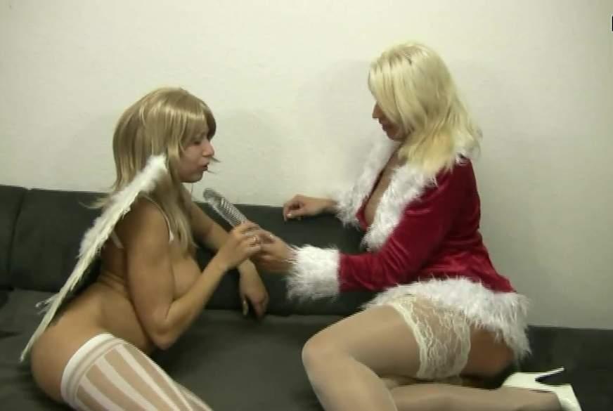 Bad Santa-Grls
