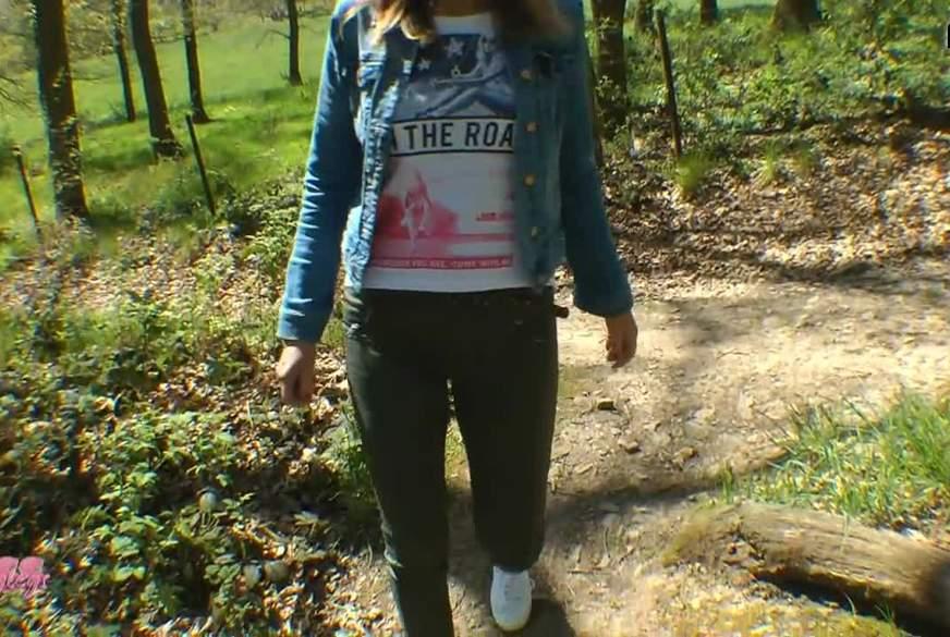 A*-Q*****e im Wald I S****z mir tief rein!