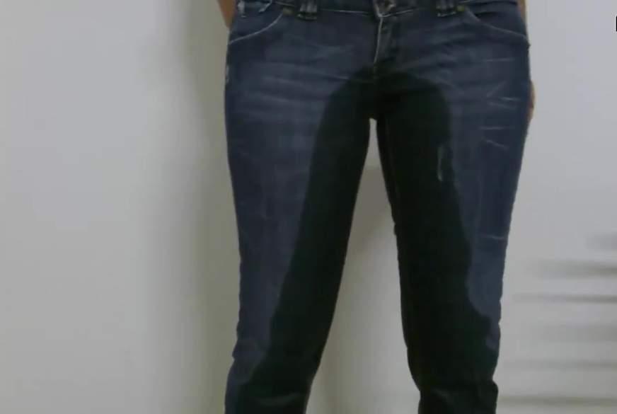 jeansp**s