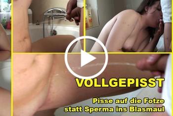 PaulaPussy: VOLLGEPISST Pisse auf die Fotze statt Sperma ins Blasmaul