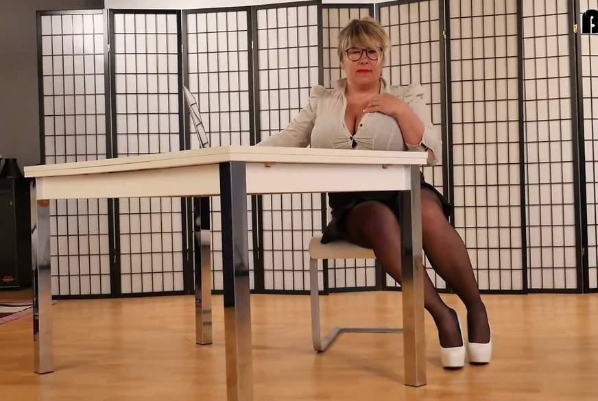 Sekretärin  !!! ***dirty talk***