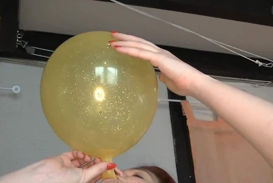 ich bin das Ballony Girl 4