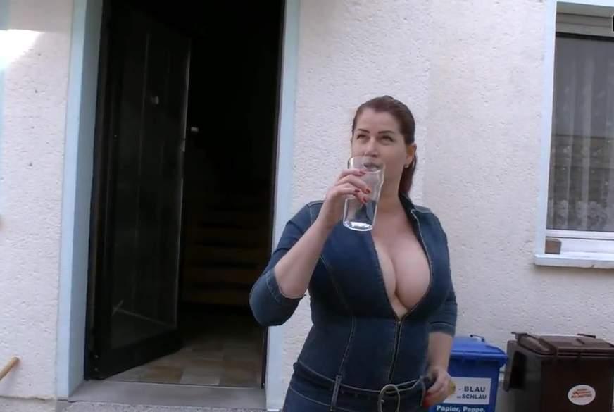 in die Jeans g*******t