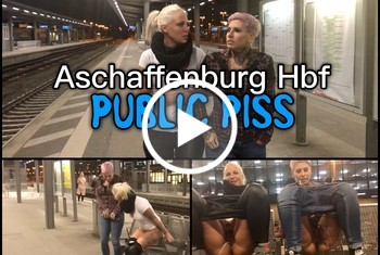 Lara-CumKitten: Dreister PUBLIC PISS im Hauptbahnhof - Natursekt Quelle direkt am Bahnsteig