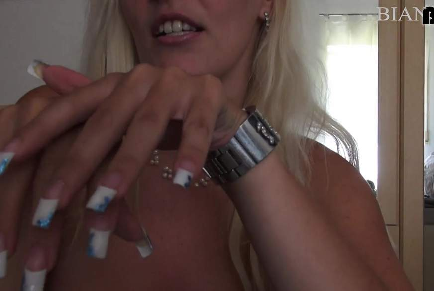 H*****b Deluxe Long Nails (wunschvideo)