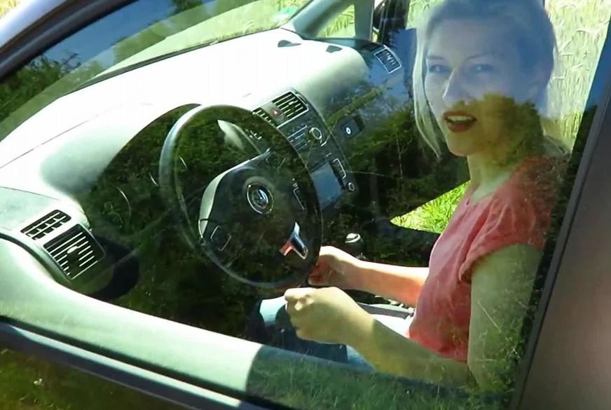 Völlig z********t Auto gefahren