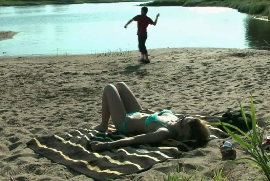 Outdoor am Strand ein B*****b gegeben!