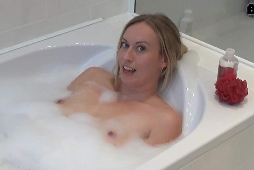 In der Badewanne geil selbst gemacht