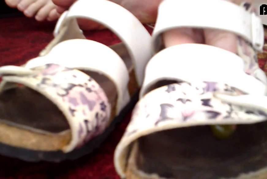 Gummidrops als Fußbett (Extra für Fetischisten)