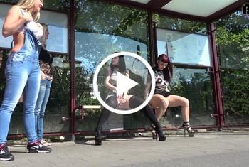 Download: DirtyTina - Mega Public Piss
