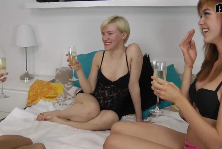 Mädelsabend mit zwei Tennie-P***ys