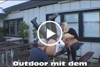 Outdoor mit dem Reitlehrer gefickt
