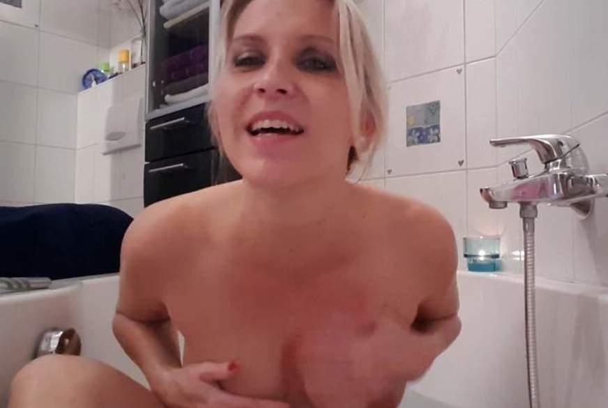 P****n in der Badewanne